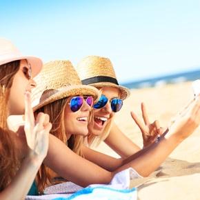 Consigue el selfie perfecto. Trucos de maquillaje y peinado para salir perfecta, ¡sinfiltros!
