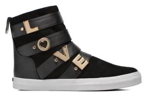 LOVE MOSCHINO P.V.P.:269 €