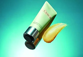 La Mer presenta Replenishing Oil Exfoliator